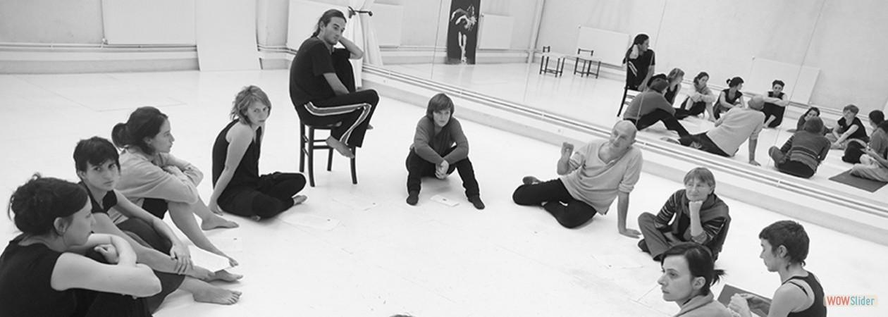 Stages et Ateliers hebdos - Corps/Scène